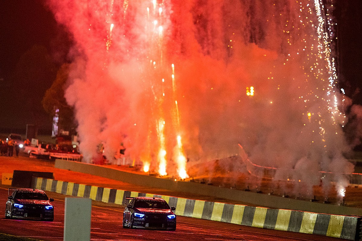 New night race, enduro schedule for Supercars in 2019