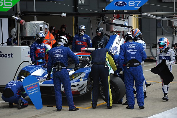 WEC Ford battles door issues to grab Silverstone WEC win