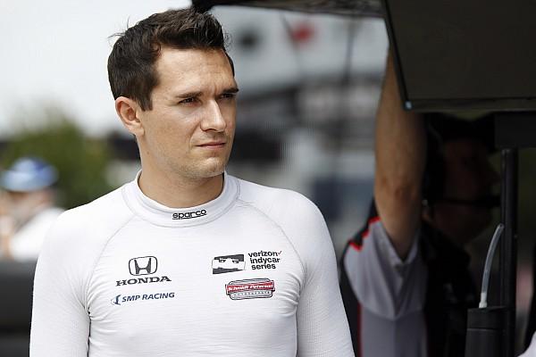IndyCar Новость Алешина не пустили в США из-за визы, гонка в IndyCar под угрозой