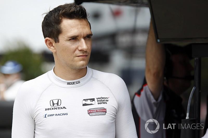 Алешина не пустили в США из-за визы, гонка в IndyCar под угрозой