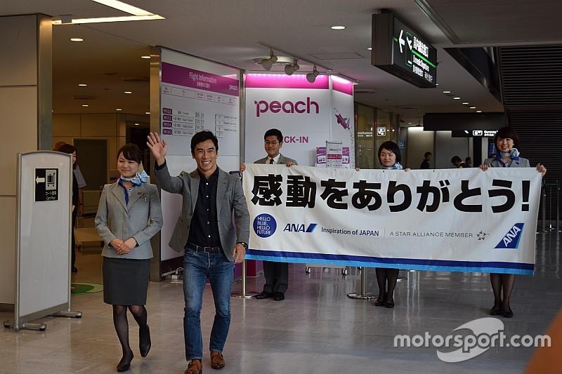 凱旋帰国の佐藤琢磨「時間が許す限り、感謝の気持ちを伝えたい」