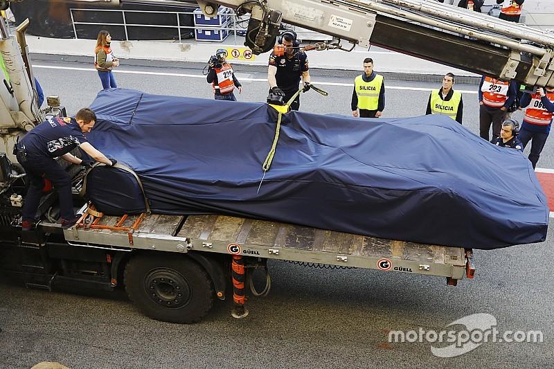Риккардо назвал несерьезными проблемы Red Bull
