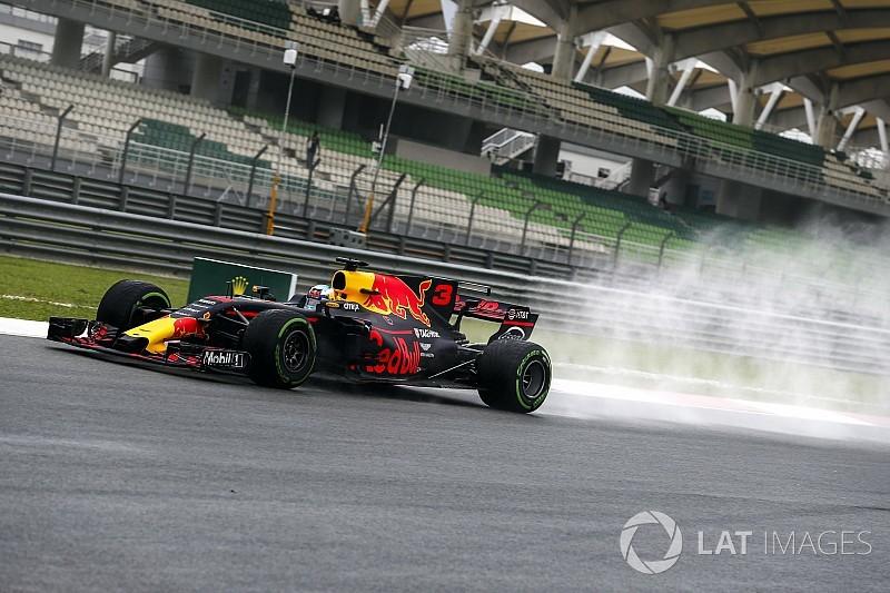 """Red Bull """"bien plus rapide"""" sous la pluie, Ricciardo ignore pourquoi!"""