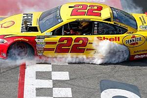 NASCAR Cup Новость Победу Логано в Ричмонде не учтут при определении участников плей-офф