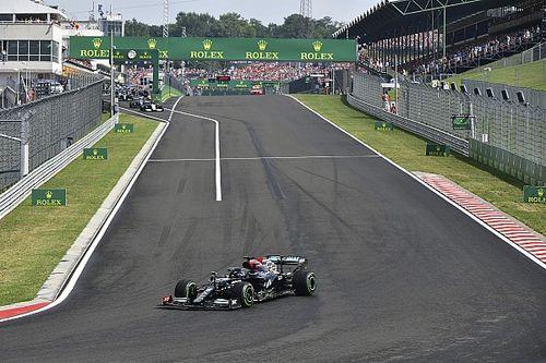 Mercedes admite que fue un error dejar a Hamilton solo en el reinicio