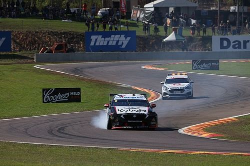 "Percat slams ""laughable"" van Gisbergen contact"