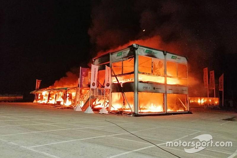 Un incendio destruye las motos de MotoE en Jerez