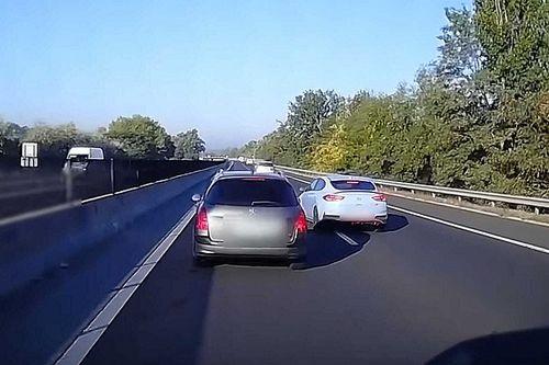 A tömött M3-ason gurult el a gyógyszer egy sofőrnél, büntetőfékezés és leszorítás - VIDEÓ