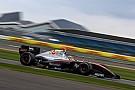 フォーミュラ・ルノー V8 3.5 【フォーミュラV8 3.5】開幕戦レース1:金丸悠、体調不良乗り越え9位