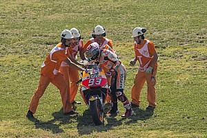 MotoGP Reaktion MotoGP Aragon: Marquez schmeißt Pole-Position weg: