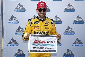 NASCAR Cup Reporte de calificación Kenseth toma la pole para Richmond y Suárez en 16°