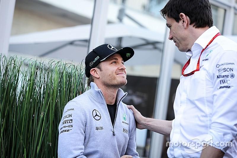 Mercedes belum pikirkan pengganti Rosberg