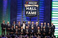Jeff Gordon lidera a los nuevos miembros del Salón de la Fama de NASCAR