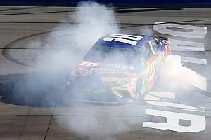 NASCAR Sprint Cup Opinión Tras ganar en Pocono,  Busch fortalece sus aspiraciones de playoffs