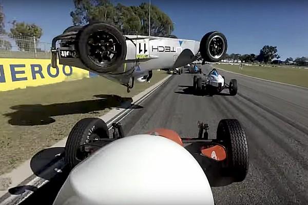 Другие Формулы Новость Видео: гонщица сделала «бочку» на Формуле Vee