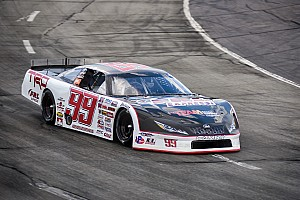 Stock car Breaking news Raphaël Lessard scores second victory at Hickory Motor Speedway