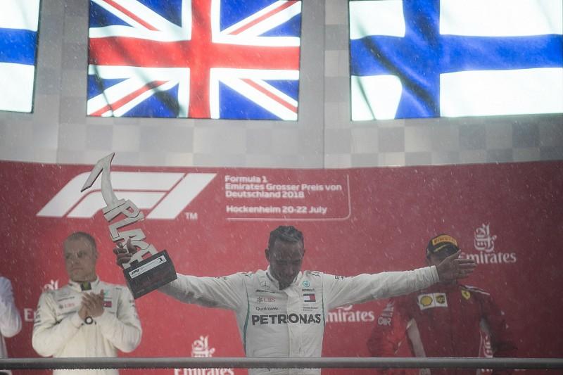 Hamilton: bibliai vihar és nevetségesen gyors Ferrari a Német Nagydíjon