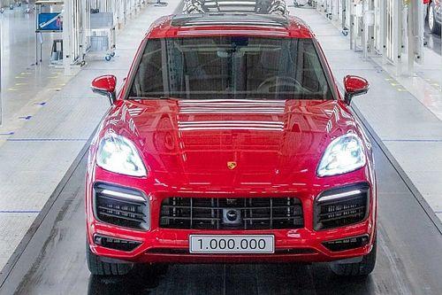 Villanyautó lehet a Porsche Cayenne-ből?