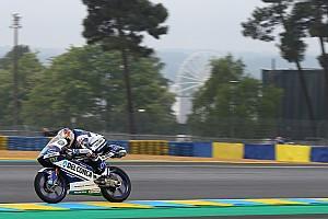 Moto3 Crónica de Clasificación Moto3: Martín logra la pole en Francia por sanción a Bulega