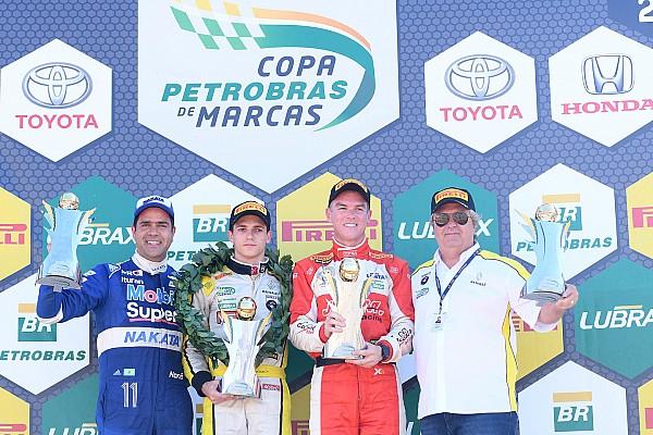 Brasileiro de Marcas Relato da corrida Em pole invertida, Salas vence corrida 2 do Marcas em Curvelo
