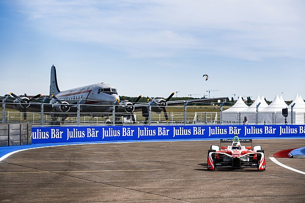 Formel E Formel E in Berlin: Felix Rosenqvist fährt zum 1. Sieg