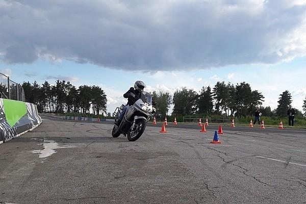 UASBK Репортаж з етапу MotoOpenFest: Кубок із мотоджимхани – перевірка навичок керування байком