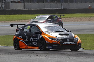 TCR Race report Michelisz and Panis make a Honda double win in Thailand