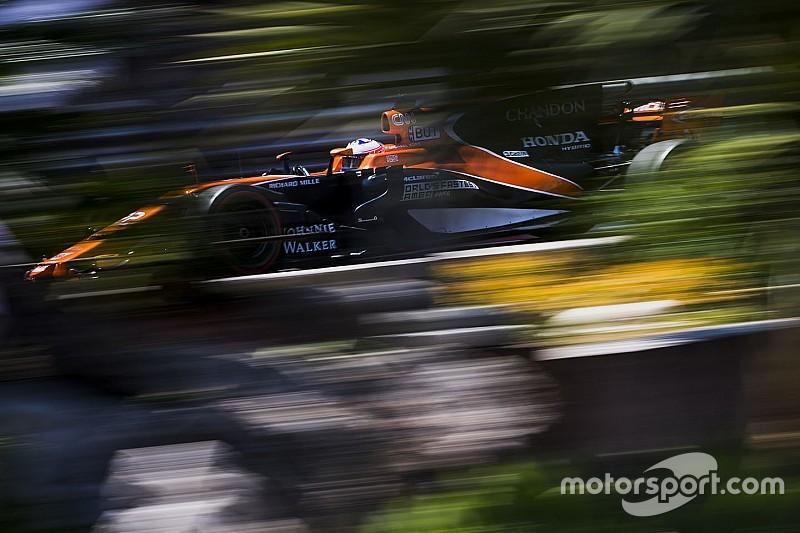 Button és Alonso beszélgetése történelmet írt a Forma-1-ben