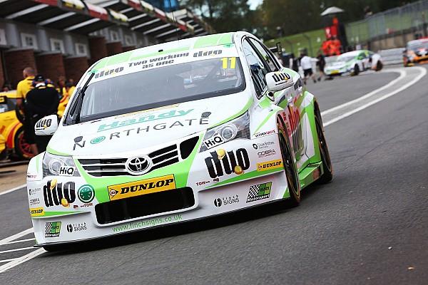 BTCC Brands Hatch BTCC: Austin wins final race, Sutton third