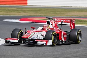 FIA F2 Репортаж з гонки Ф2 у Сільверстоуні: Леклер виграв попри технічні негаразди