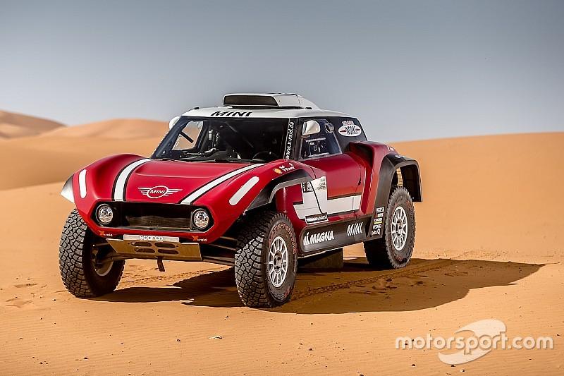 Mini, 2018 Dakar Rallisi'nde yarışacak olan yeni buggy aracını tanıttı