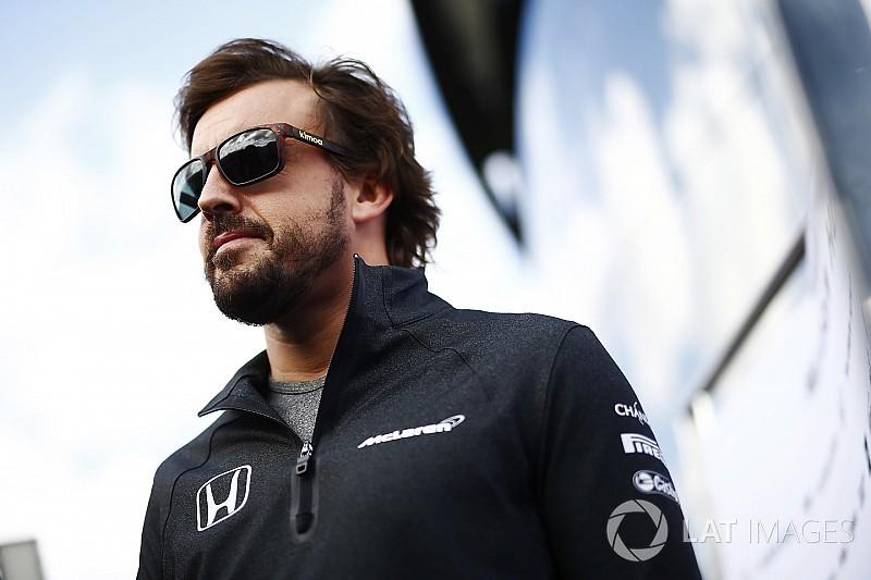 【F1】マクラーレン「アロンソは来年もF1に留まりたいと明確にした」