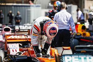 Формула 1 Новость Баттону дали штраф в три позиции на старте следующей гонки