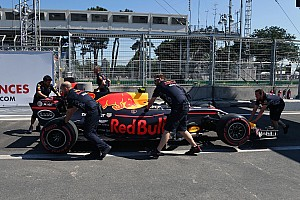 Формула 1 Новость В Renault решили иначе выстраивать свою работу по ходу уик-эндов