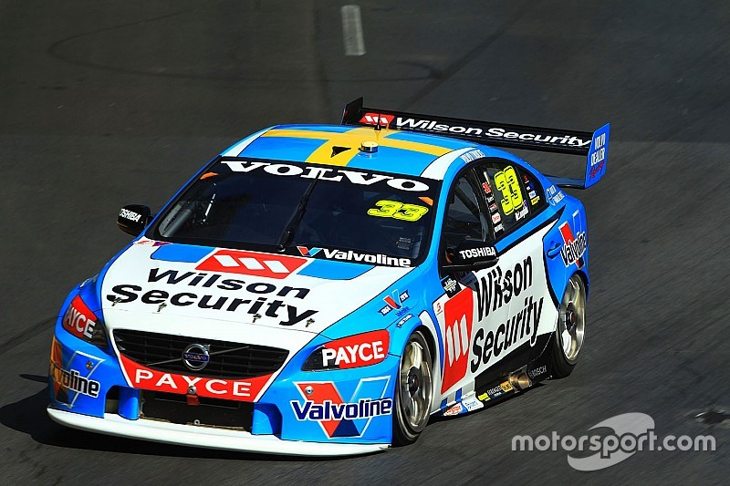 Clipsal 500 V8s: McLaughlin storms to provisional Sunday pole