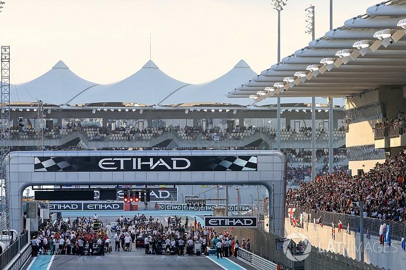 Hivatalos: új időpontban kezdődnek az F1-nagydíjak 2018-ban