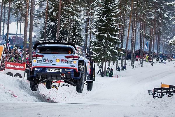 WRC Rallye Schweden 2018: Thierry Neuville auf Siegkurs