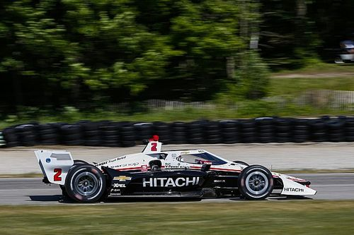 Road America IndyCar: Newgarden takes pole with smart tyre strategy