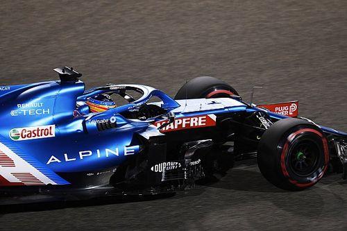 """Alonso: """"Quizás tenga que mejorar yo más que el Alpine"""""""