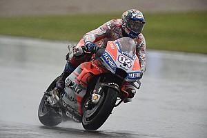 Довициозо одержал победу в Валенсии, где треть гонщиков не добрались до финиша