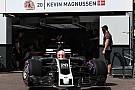 Haas, yeni rengiyle Monaco'da piste çıktı