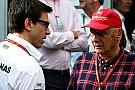 Lauda perdió dinero apostando por la pole de Vettel