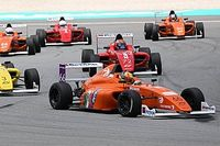 F4 SEA Three wide Into the Chequered Flag