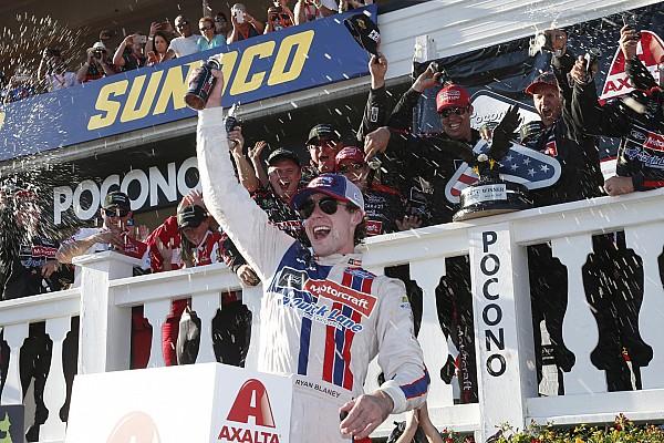 Blaney brilha no fim e conquista vitória inédita na NASCAR