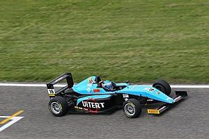 Formula 4 Gara Job Van Uitert primo in Gara 1 ad Adria davanti a Colombo ed Armstrong