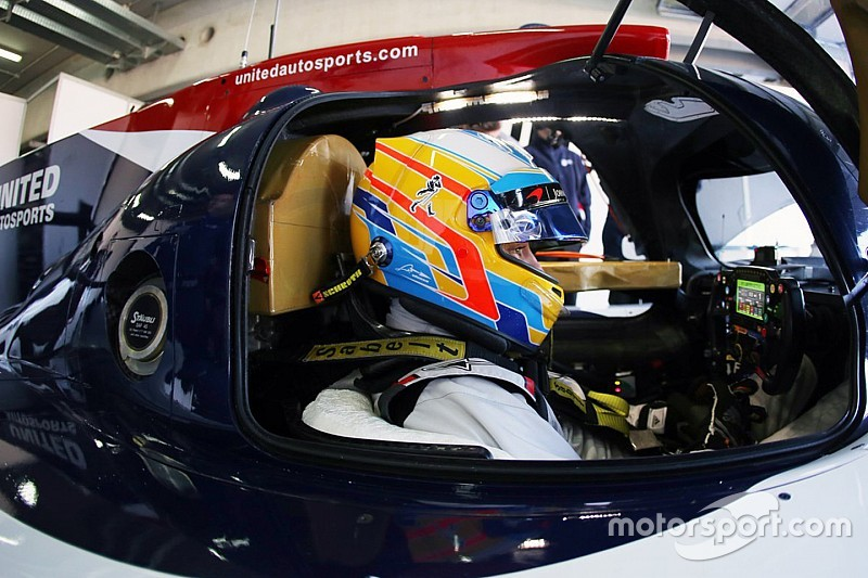 Alonso makes debut LMP2 outing in Aragon test