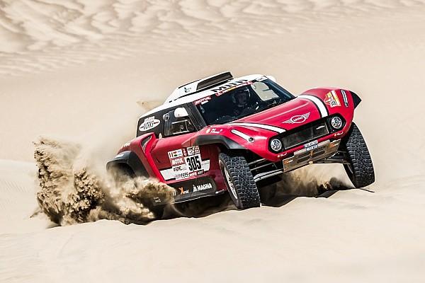 Dakar, Mini X-Raid decimata: già 2 buggy out. Resta solo Hirvonen