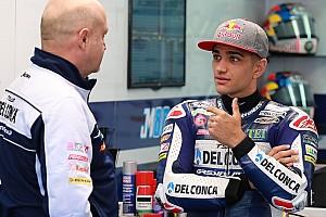 Moto3-kampioen Martin breekt been, Bendsneyder debuteert voor RW