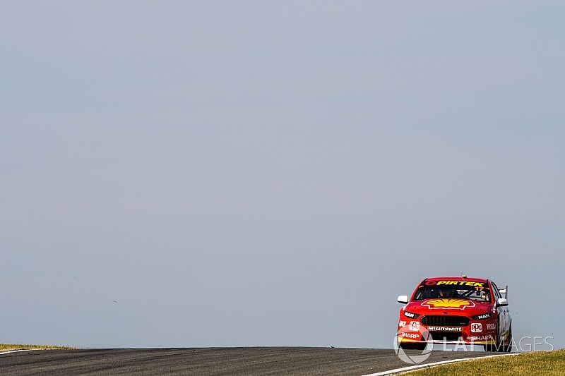 Perth Supercars: McLaughlin on pole, Red Bulls miss Q3