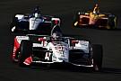 Marco Andretti marca el paso a la mitad del segundo día de pruebas